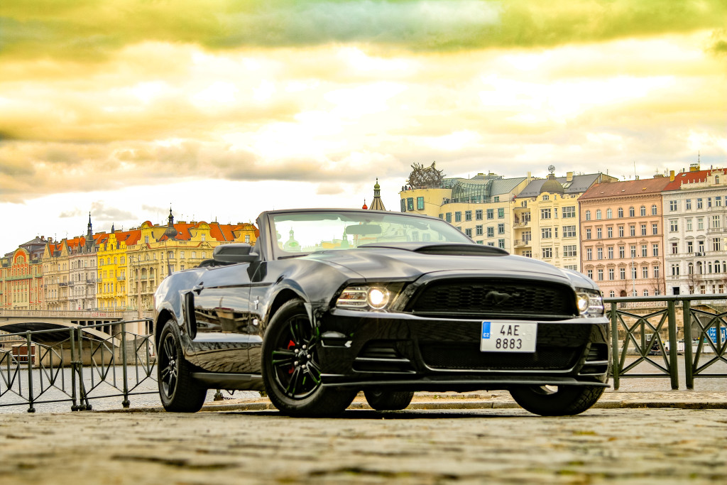 Ford Mustang Cabrio 2014 - Prague 3
