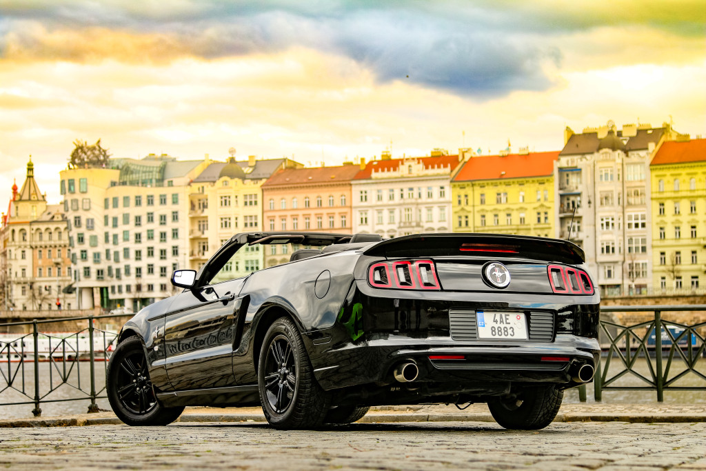 Ford Mustang Cabrio 2014 - Prague 2
